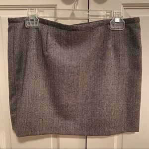 Old Navy herringbone black white gray skirt 6